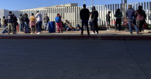 Border Patrol Releasing Illegal Immigrants Into US Without Court Date
