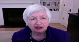 Yellen Thinks US Can Borrow More, Opens Door to Tax Hike