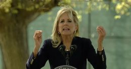 "CRINGE: Jill Biden Butchers Spanish Phrase In Front Of Small Audience ""Si, Se Pwodway!""? [VIDEO]"