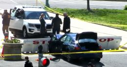 Man Rams Car Into 2 Capitol Police At Barricade; 1 Officer, Driver Killed