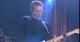 'My Hands and Feet Were Frozen, Numb or Burning' – Eric Clapton Says He Had a Bad Reaction to AstraZeneca Covid Jab, Feared He Would Never Play Again