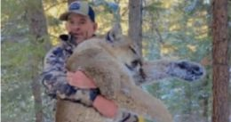 Accused Capitol rioter on house arrest for allegedly violating gun order in mountain lion hunt