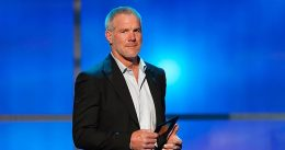 CNN invited Brett Favre on to discuss kids playing tackle football, then proceeded to grill, berate him about vaccines