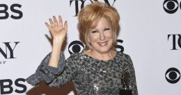 Bette Midler Calls For 'Sex Strike' Against Men In Response To Pro-Life Texas Law