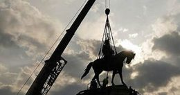 """""""Both Good and Bad, Are Being Extinguished by the Radical Left, and We Can't Let That Happen"""" – President Trump Calls Out Taking Down the Statue of Robert E. Lee"""